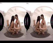 PORNBCN 4K VR   Lesbianas teniendo sexo en realidad virtual, latinas con culos grandes, cosplay de c., tetas grandes, milf, j.... Voyeur en realidad virtual HD Canela Skin - Julia de Lucia - Valentina Bianco latino español spanish p from साड़ी वाली hd भाभी वीडियो